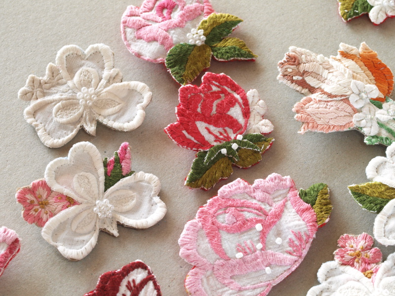 Vintage Embroidered Linen Brooch – DIY