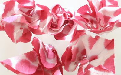 Dip Dyed Serviettes – A Quick Dinner Decor Project
