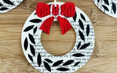 Stencil Print Christmas Wreaths – Leaf and Bow